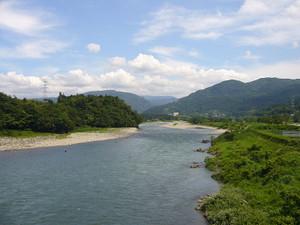 800pxjinzu_river